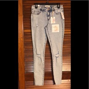 NEW JESSICA SIMPSON Jeans